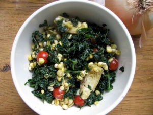 kale, sea salt, raw corn, cherry tomatoes, artichoke hearts, balsamic vinegar, black pepper, italian seasoning, nutritional yeast